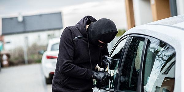 car-hijacking-3.
